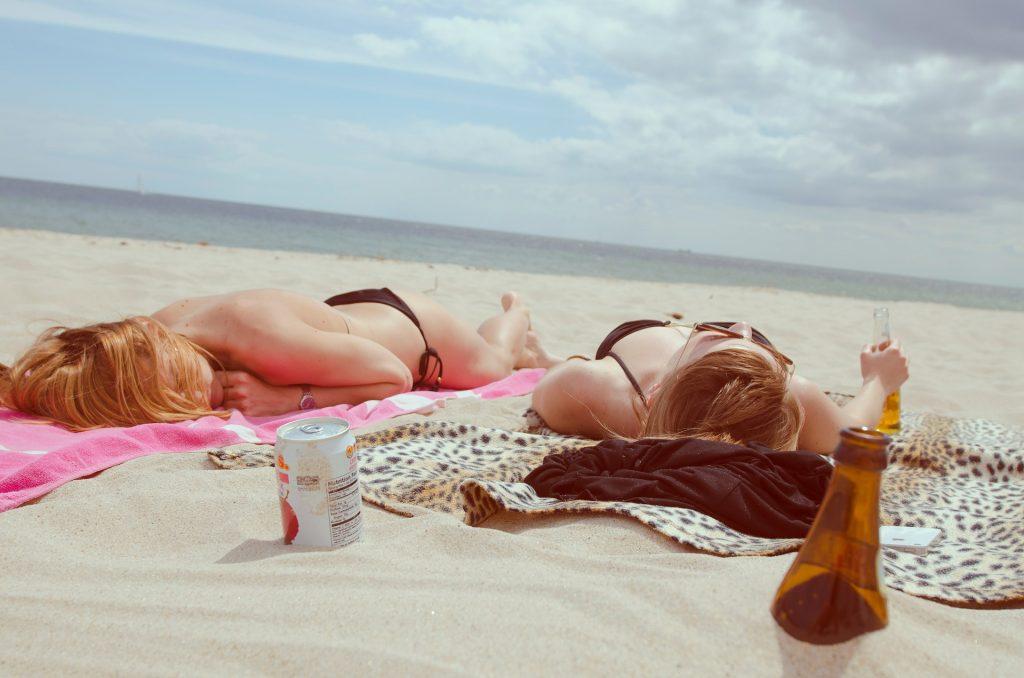 Unliebsame Urlaubs-Fotos aus Google löschen - DeinguterRuf